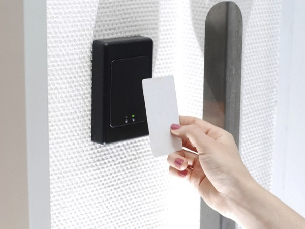 Access control card reader